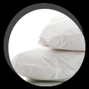 photo de 2 oreillers l'un sur l'autre